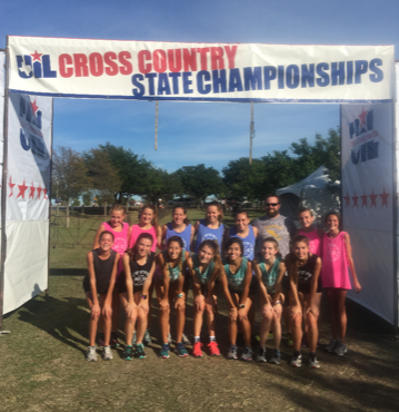 The Cross Country Team gathers for a group photo at the State Meet.