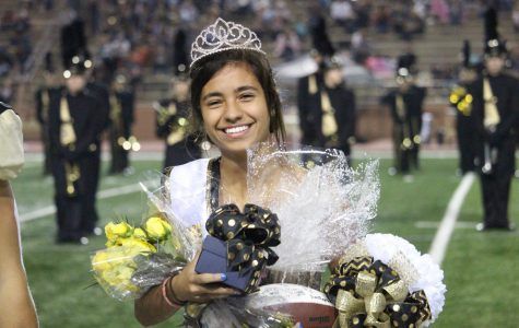 Cammie Mitchell smile after recieving Homecoming Queen.