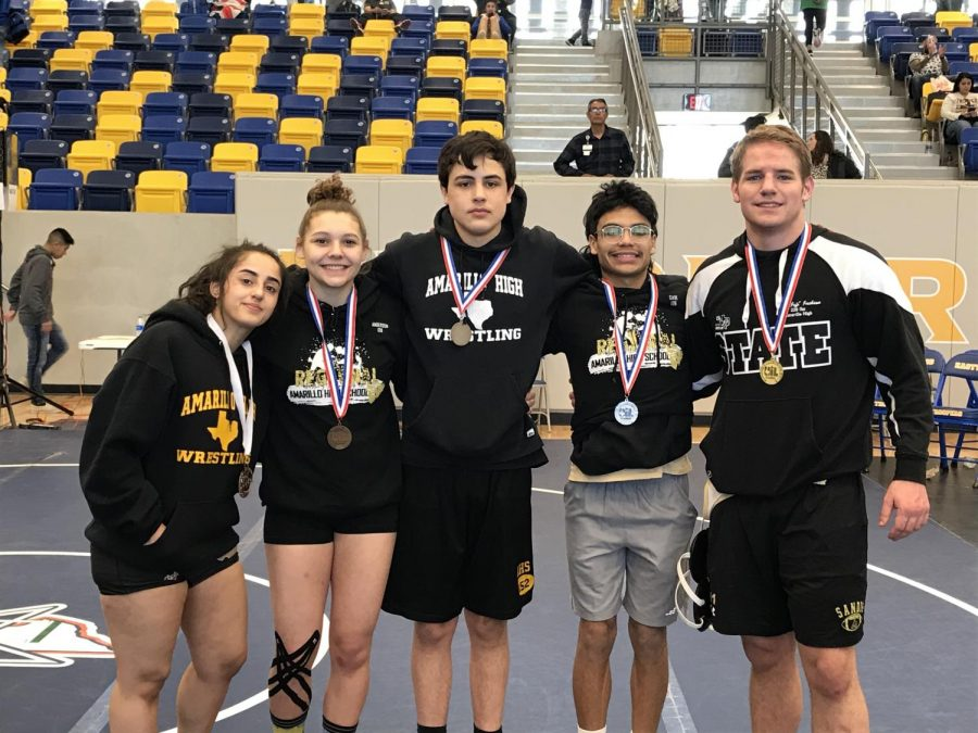 Five+wrestlers+advanced+to+the+State+Meet.+
